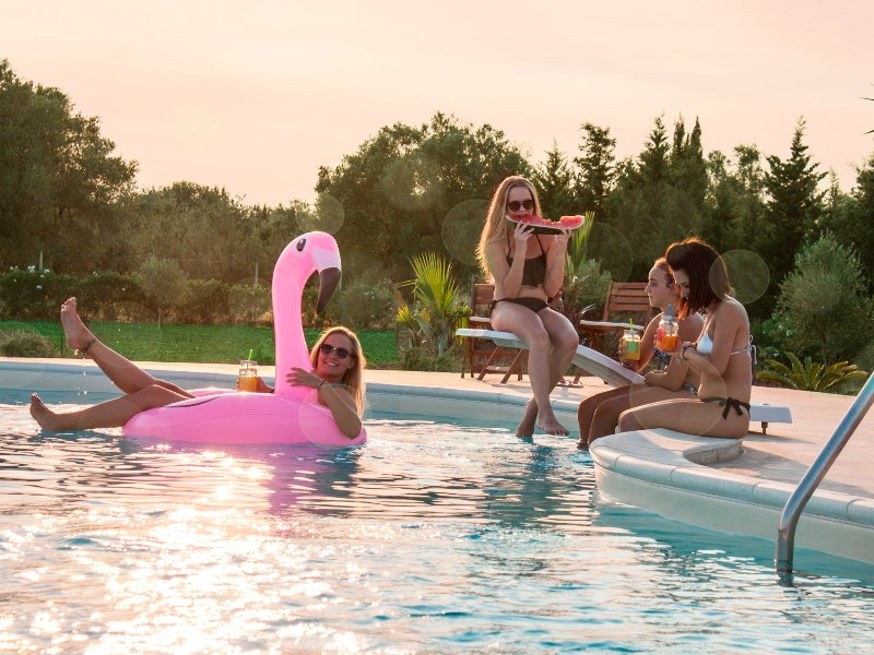 Pool area. 10 X 6 meters. Sun loungers, pavilion, sun umbrella as well as tables and chairs.Pool are