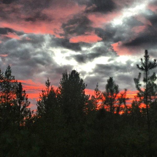 Montana puesta de sol desde la cubierta de proa