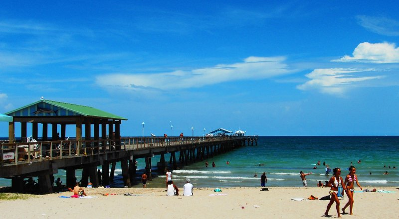 Modern/Designer Beachside Studio – semesterbostad i Lauderdale by the Sea