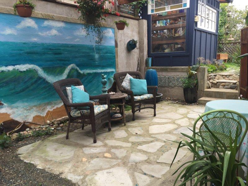 The Cambria Sea Star -B&B with a private garden  and ocean view, aluguéis de temporada em Cambria