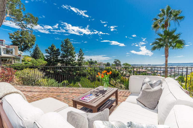 Gorgeous views of Point Loma, Old Town and SD Bay. Private deck.