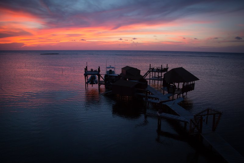 solnedgång docka skott