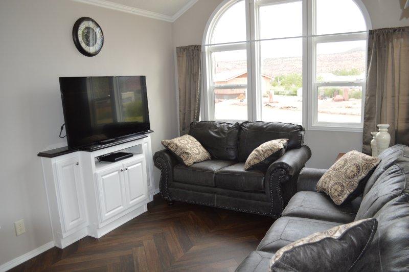 Admirable Funstays Redrock 2018 New Tiny House W 2 Loft Areas Home Interior And Landscaping Spoatsignezvosmurscom
