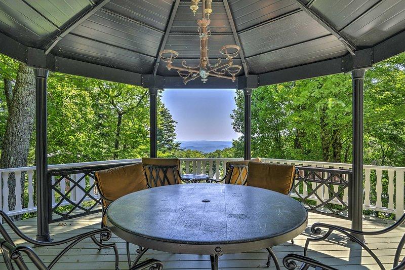 Cuatro invitados se enamorarán de estas impresionantes vistas.