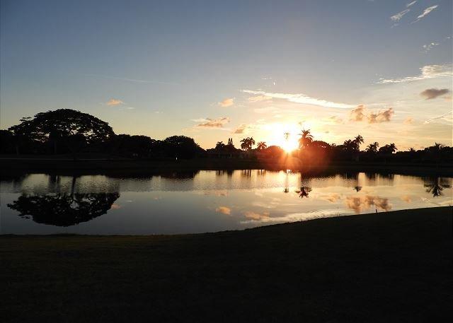 Sonnenuntergang vom Golfplatz