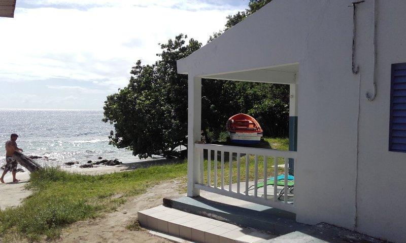 Location maison  bord de mer Martinique, location de vacances à Riviere-Pilote