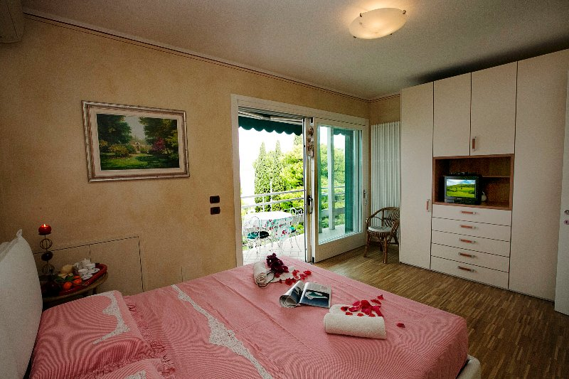 From the double-bed, admire the view or a bit of night time TV.