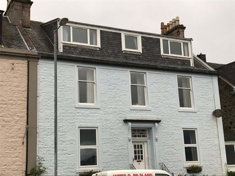 2 MacKinlay, vacation rental in Isle of Bute
