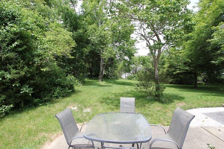 Back Yard e mobili da giardino