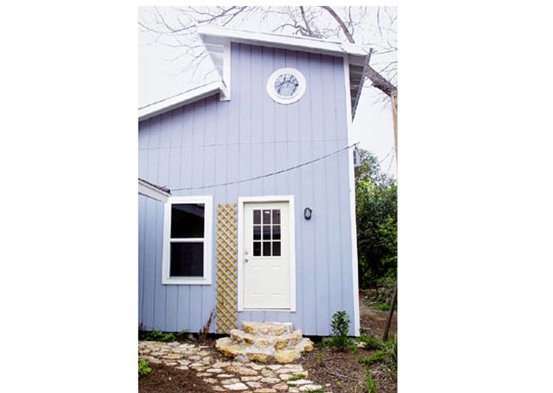 Cute and roomy SoCo Studio is very private yet close to everything you  love about Austin.