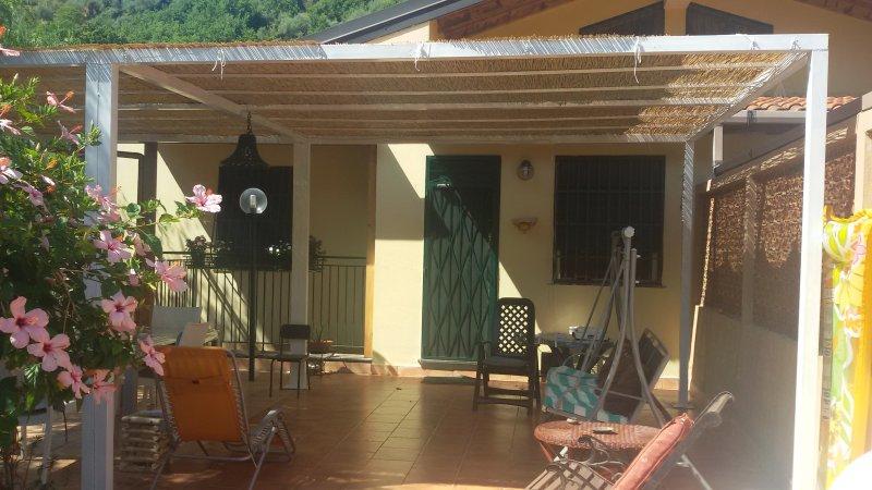 Saro's Home, natura e relax in Sicilia, holiday rental in Letojanni