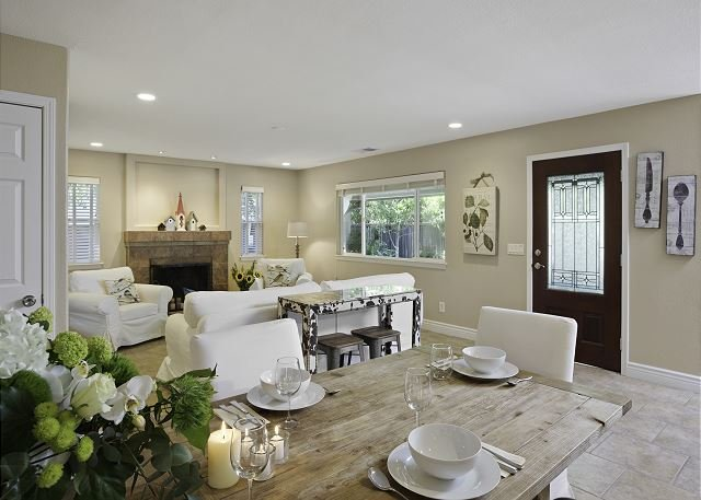 Maison du Soleil / Stunning One-Story 4br/3ba home w.Spa, and Ping Pong Table!, vacation rental in Healdsburg