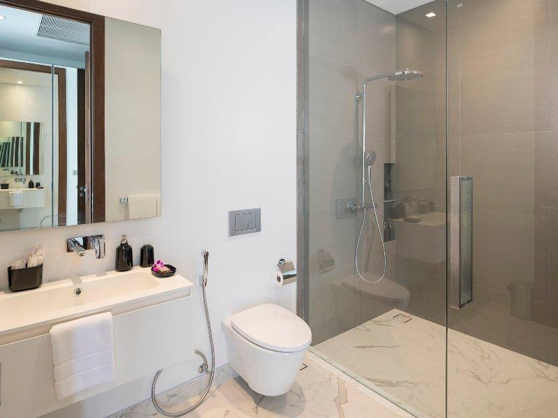 Malaiwana Duplex - Ensuite shower