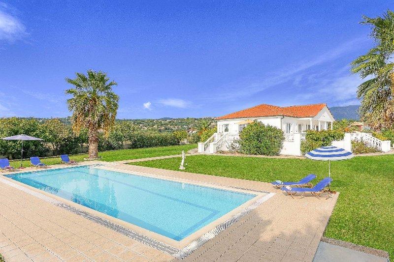 Villa Polymnia, location de vacances à Agia Pelagia