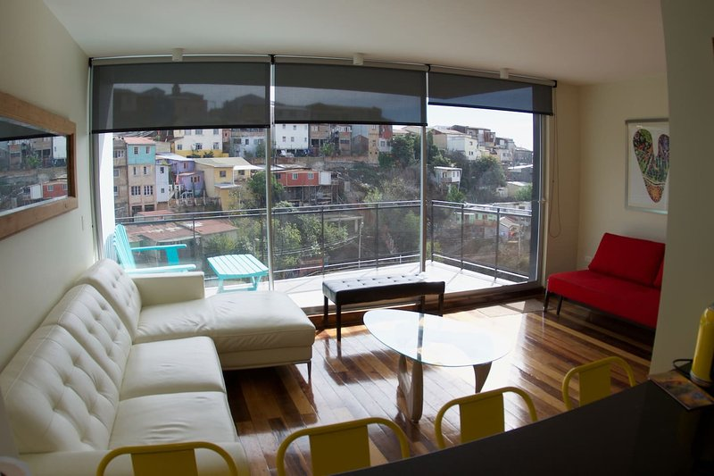 Luxury Duplex Apartment in Cerro Alegre Valparaíso, alquiler de vacaciones en Valparaiso