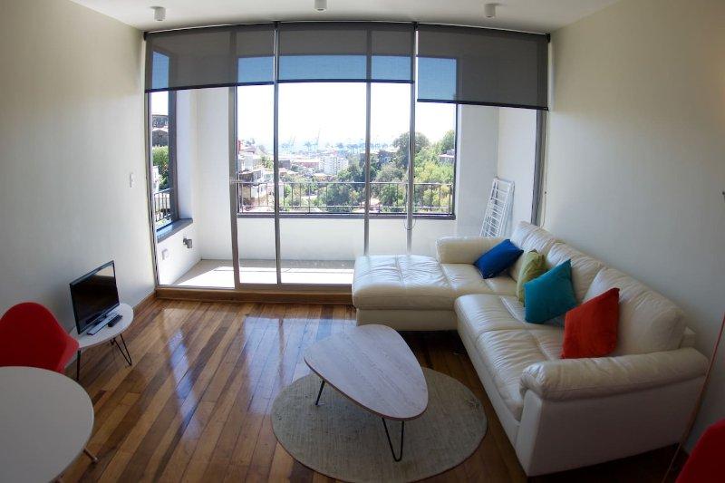 Modern 1BR Apt in Cerro Alegre Valparaiso, alquiler de vacaciones en Valparaiso