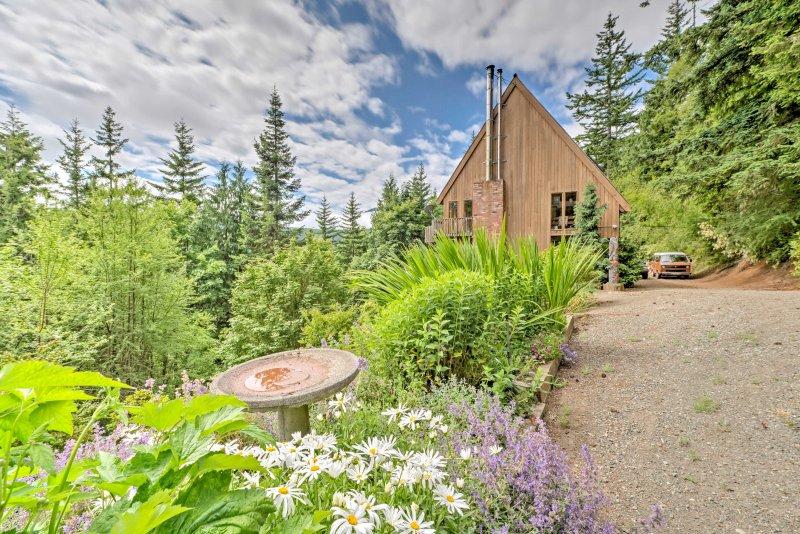 Escape to Washington at this 1-bedroom + loft, 2-bathroom vacation rental house!