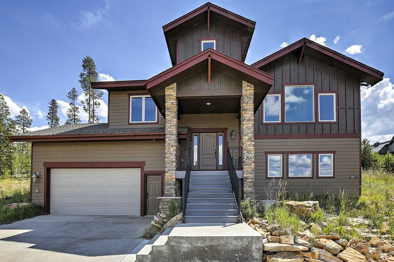Your Rocky Mountain getaway at this Granby vacation rental home awaits you!