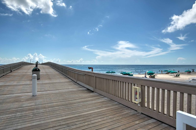 Just steps away from all that Deerfield Beach has to offer, this apartment guarantees a good time for all vacationers!