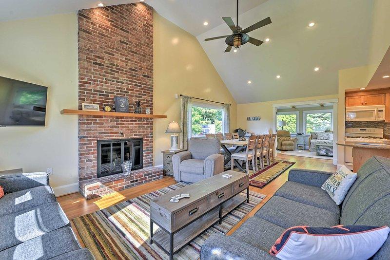 A bela casa foi eviscerado e renovado por um artesão personalizado em 2016.