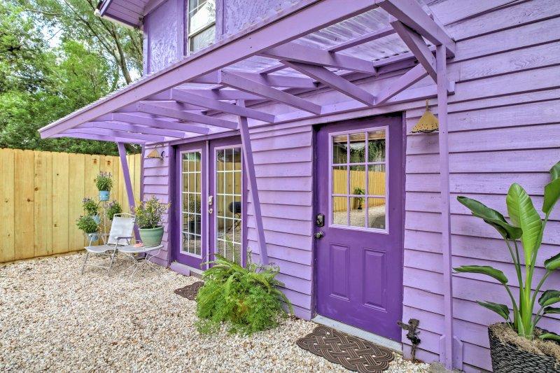 Historic Apt w/Backyard - Mins to DT Jacksonville!, holiday rental in Orange Park