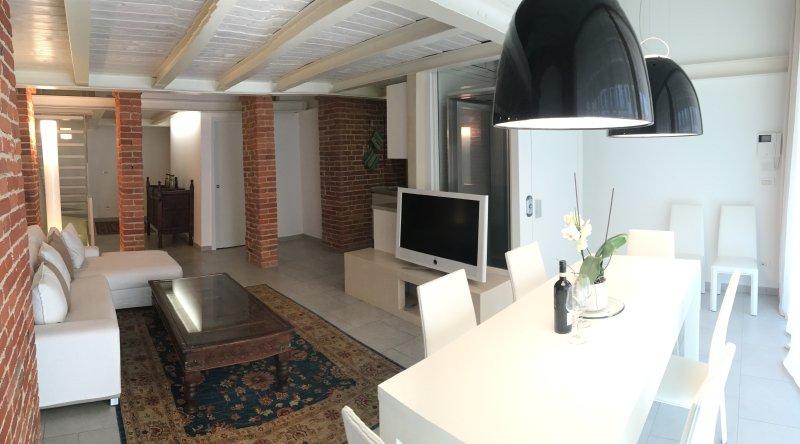 Alla Corte dei Bertoli - Casa Francesca, vacation rental in Montaldo Roero