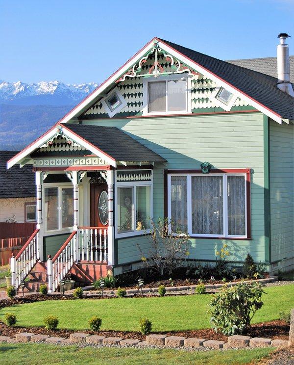 Port Angeles Car Rental: Charming Victorian Home, Mountain & Water Views, Near