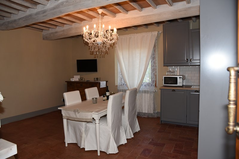 ROMANTIC LUXURY APPARTAMENT IN CHIANTI AREA
