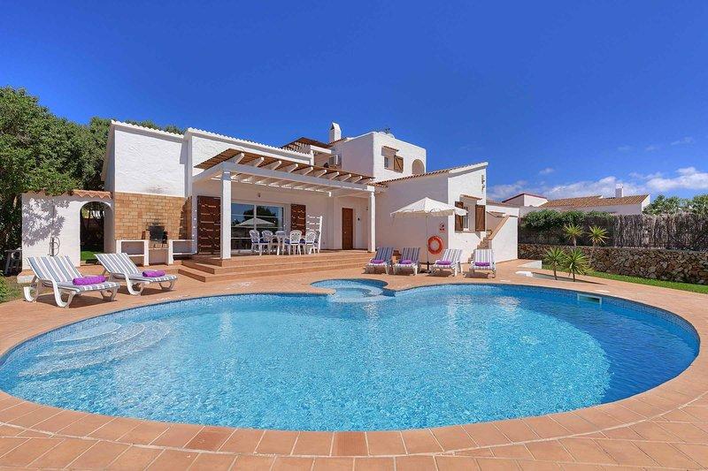 Villa Karina, location de vacances à Binibeca