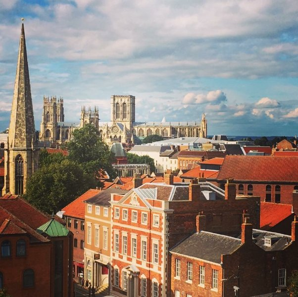 York Minster - the heart of the city is just a few minutes from the apartment!