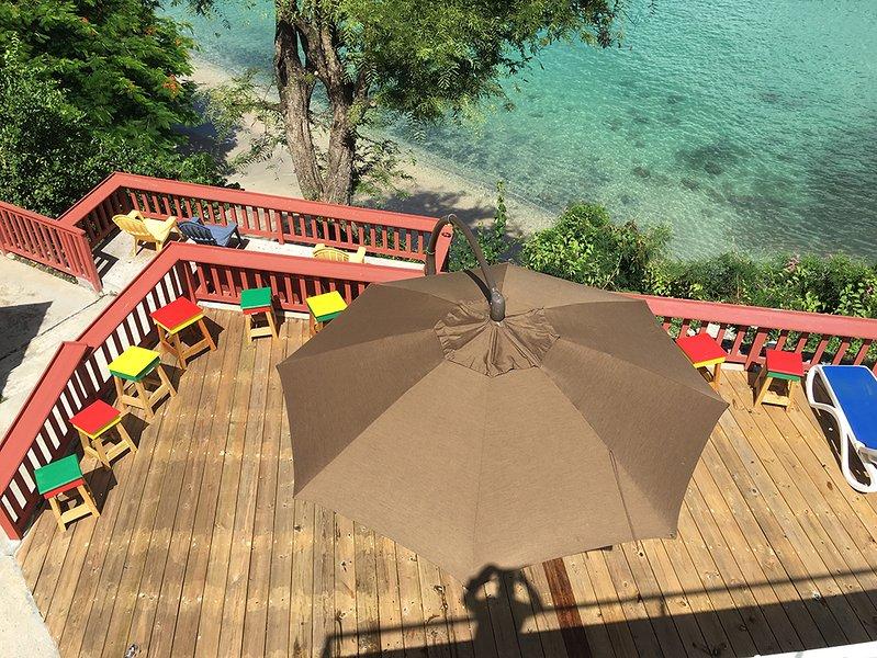 Upper Deck met Grenada gekleurde ontlasting