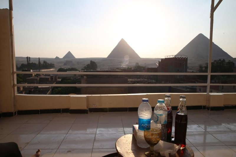 Horus Guest House Pyramids View (King or 2 Twins), aluguéis de temporada em Gizé
