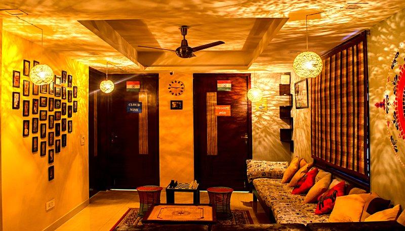 AmigosIndia , where you will arrive as a tourist but will leave as a friend, Ferienwohnung in Neu-Delhi