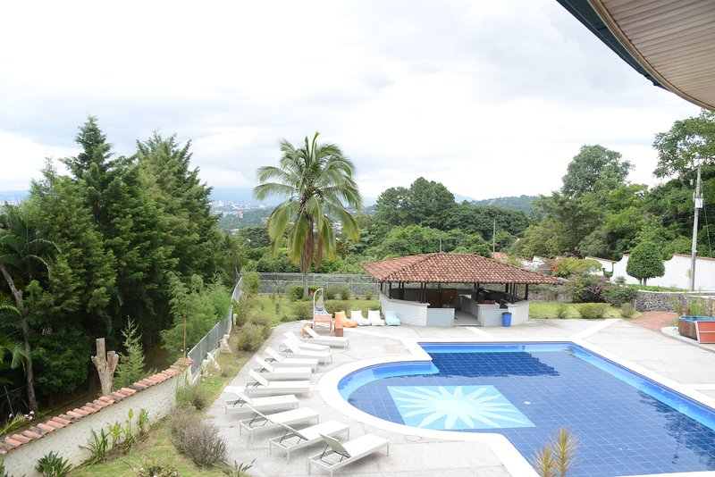 Soapberry House Escazu 1J, vacation rental in Santa Ana