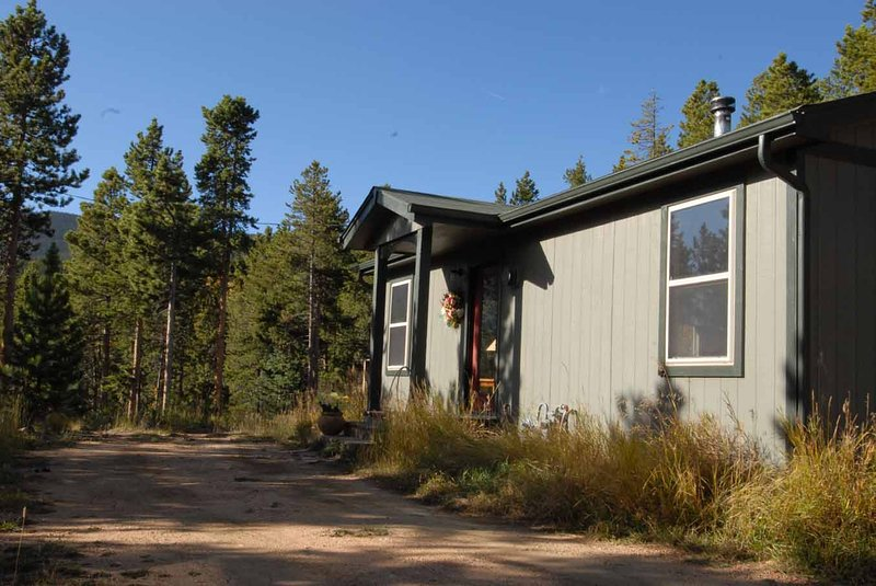 Canyon House at Trails End, vacation rental in Evergreen