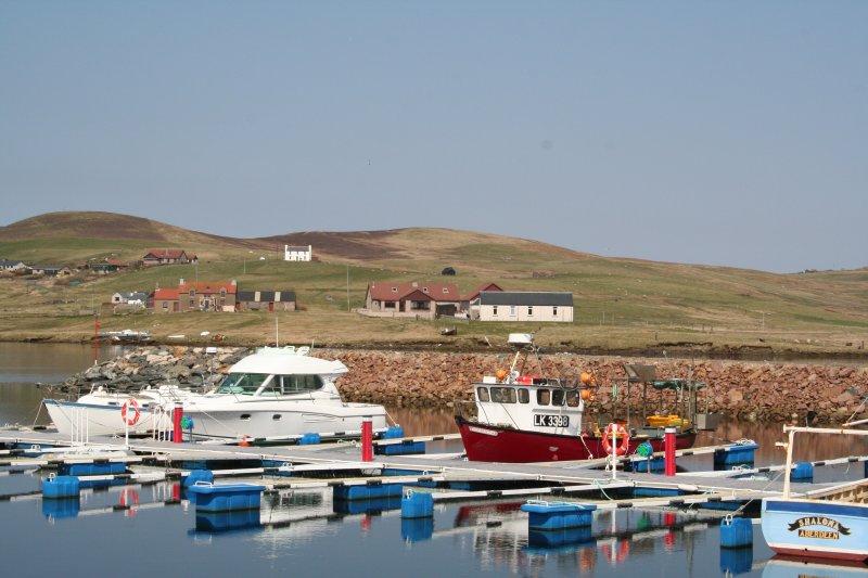 Tamara Apartment, Longwell, Cunningsburgh, Shetland Islands, holiday rental in Scousburgh