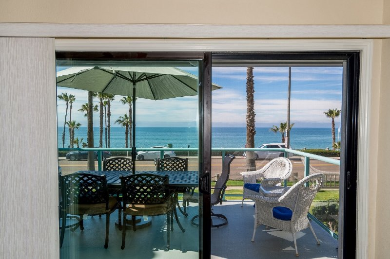 Ocean View  Large Balcony  Best Beaches Oceanside Air Conditione, casa vacanza a Oceanside