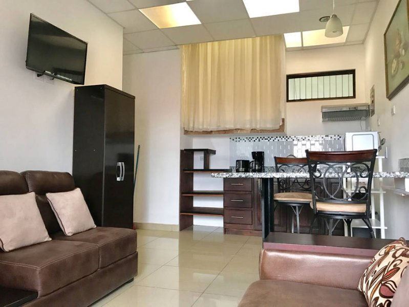 Casa Relax 34B, vacation rental in Santo Domingo de Heredia