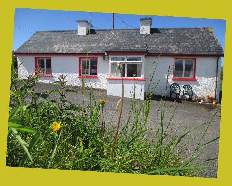 Milly & Eve Häuschen! Herrliche Lage mit Blick auf den See nahe schönen North Atlantic Strände!