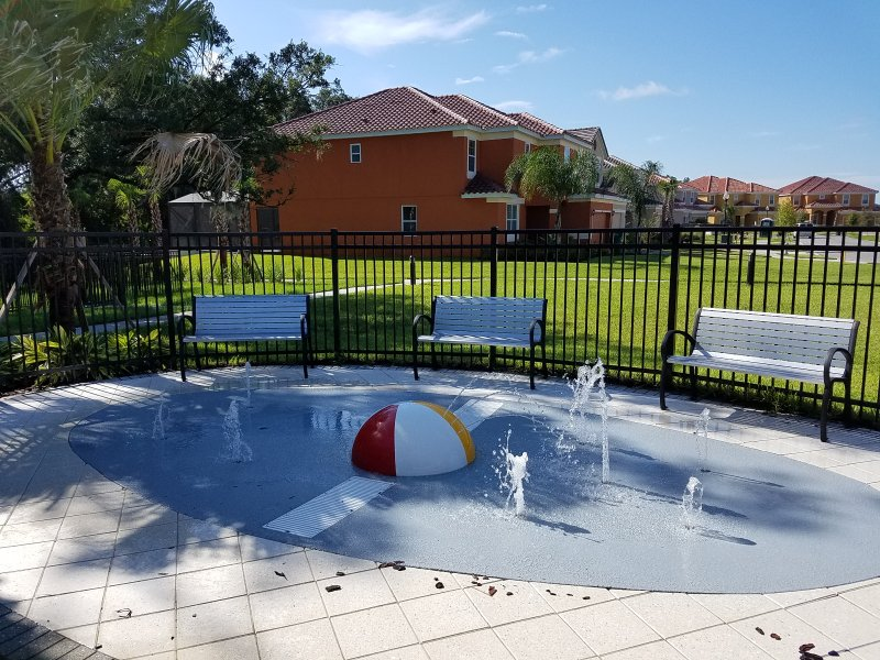 Toddlers pool at Veranda Palms clubhouse.