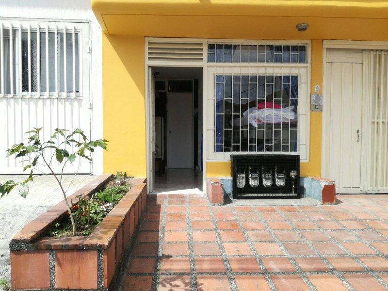 apartestudio entry # 102