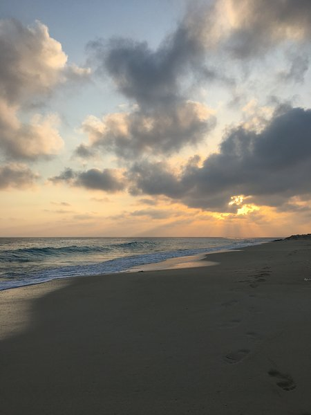 Lever du soleil sur la plage