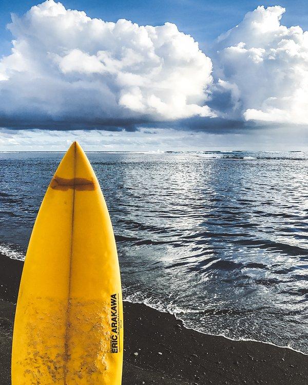 Surfer sur tout le monde? Nous sommes sur la célèbre spot IN TAHITI .... Réservez dès aujourd'hui