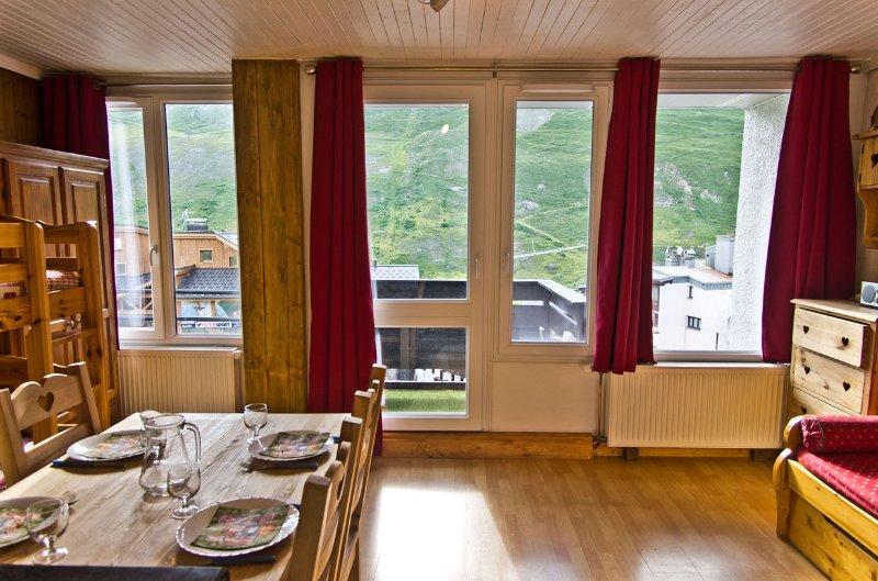 Ski apartment for 4 people in Tignes Val Claret Chalet in Tignes