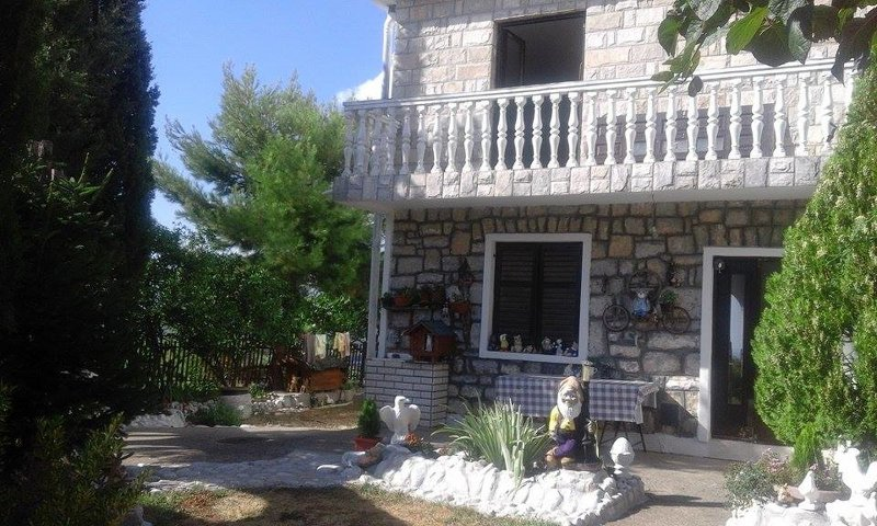 Sunny Hill Apartments, holiday rental in Krimovice