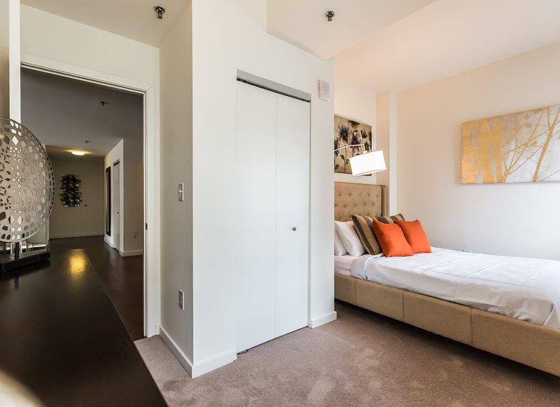 Stay Alfred Philadelphia Vacation Rental Bedroom