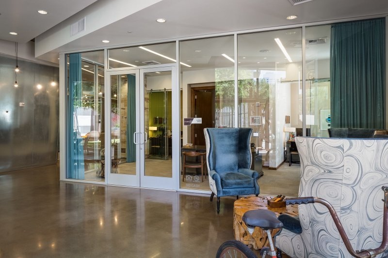 Stay Alfred San Diego Vacation Rentals Lobby