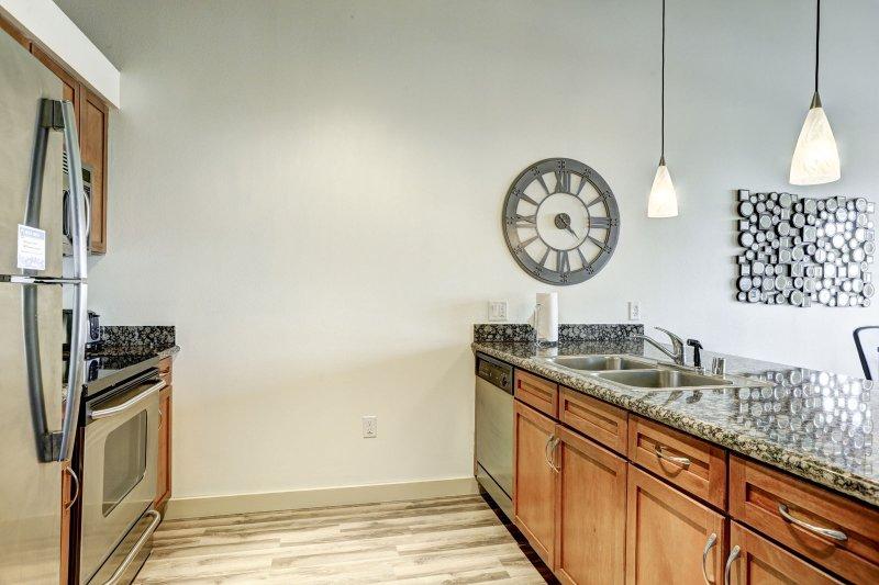 Stay Alfred Premier Lofts - Eat-In Kitchen