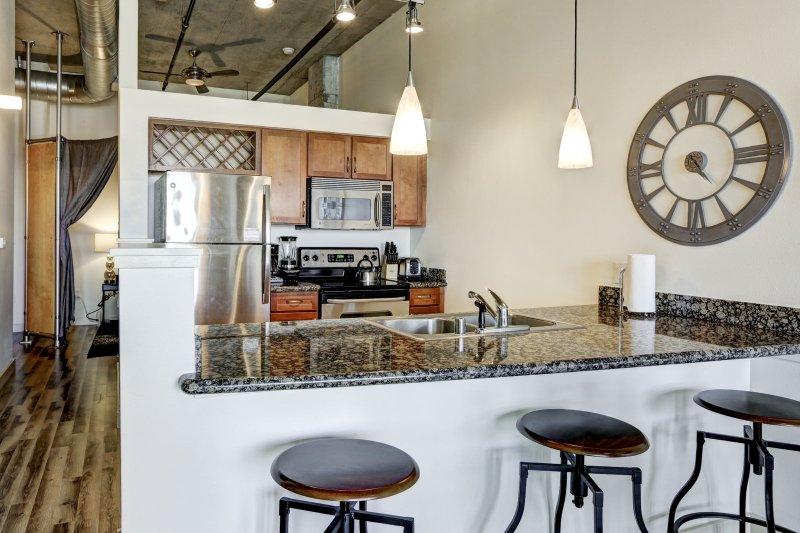 Stay Alfred Premier Lofts - Full Kitchen