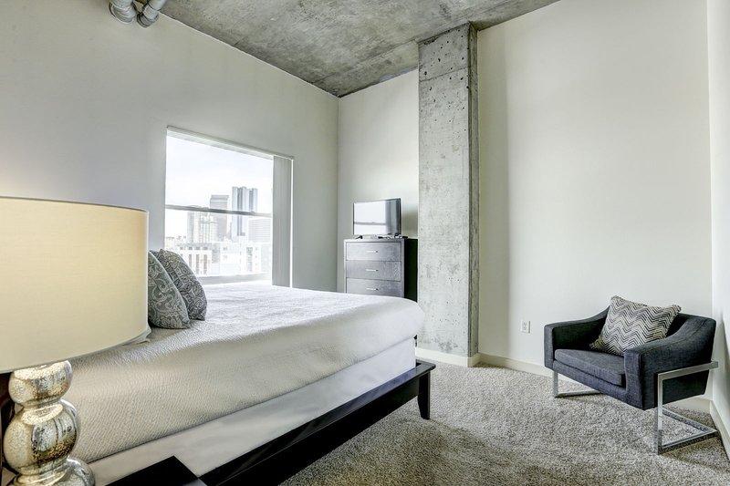 Stay Alfred Premier Lofts - Master Bedroom